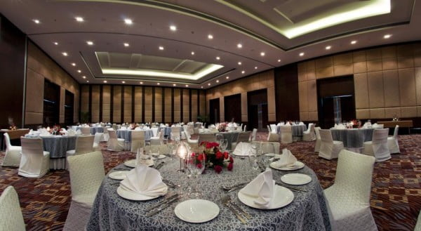 Destination wedding in Radisson Blu Hotel, Agra