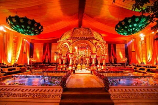 raj palace decor