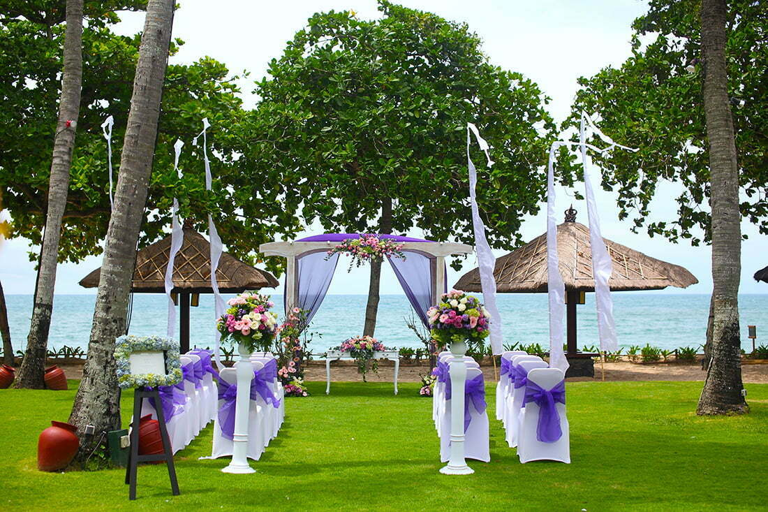 Destination wedding in bali the island of gods for Bali wedding decoration ideas