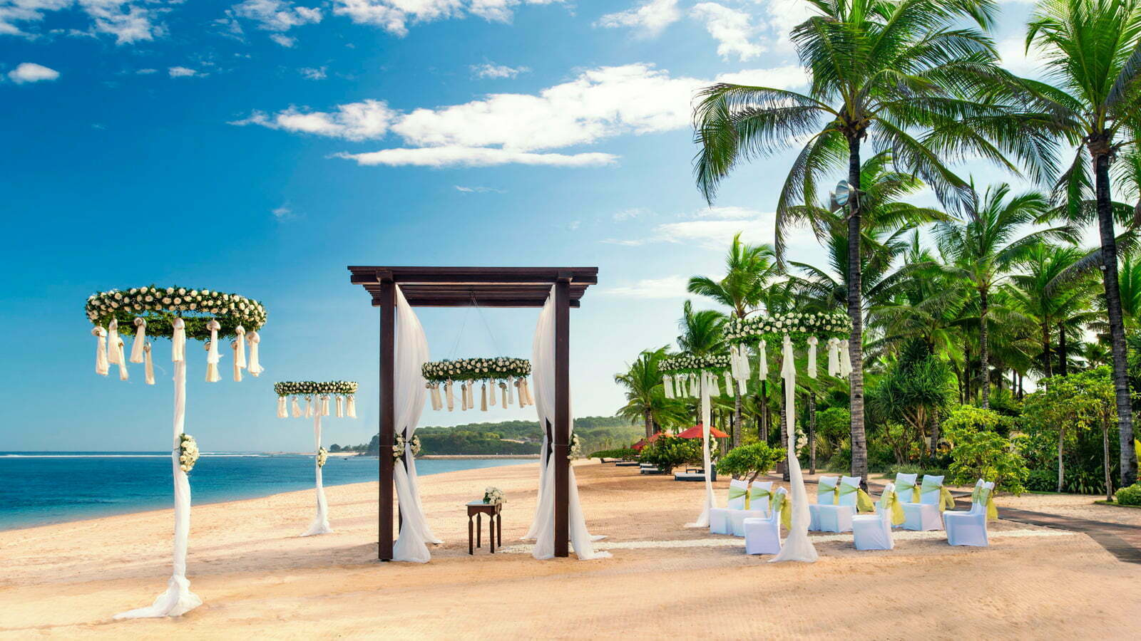 Destination wedding in bali the island of gods for Bali mariage location