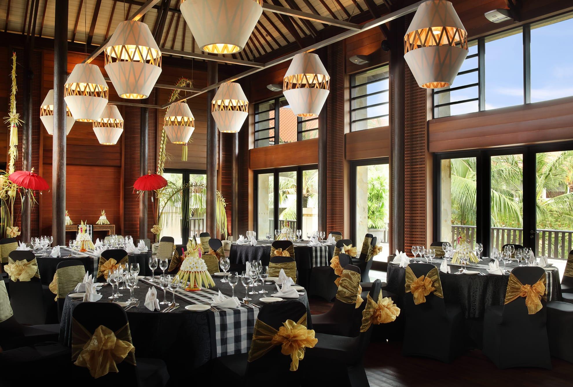 Destination Wedding In Bali - The Island Of Gods
