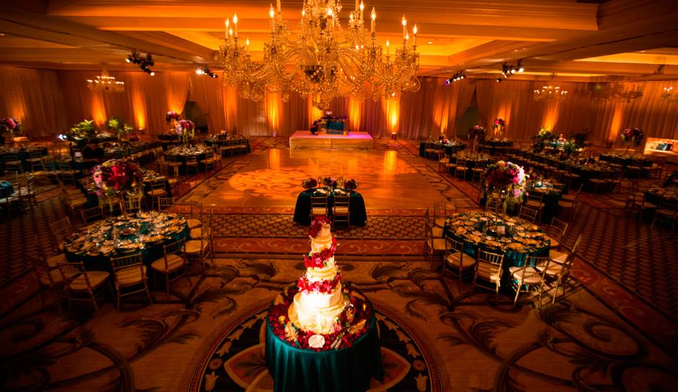 Indian Weddings Are No Less Than Any Royal Event So Why Not Give Them A Truly Feel With Wedding Decor The Seating Arrangement