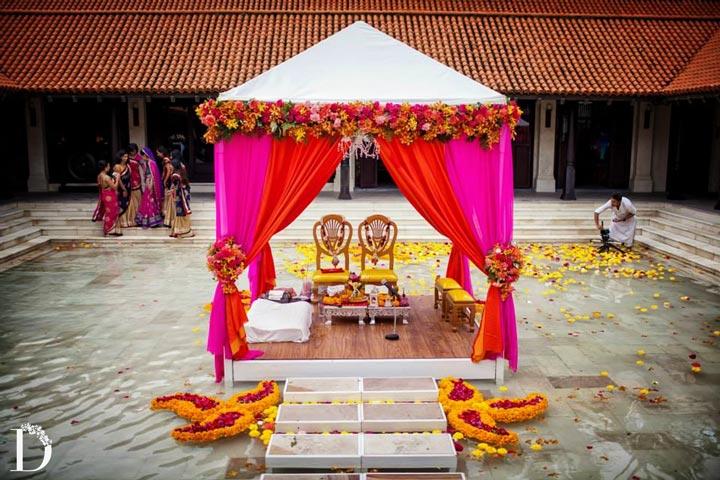 The Floating Mandaps Serene And Calm Wedding Decor