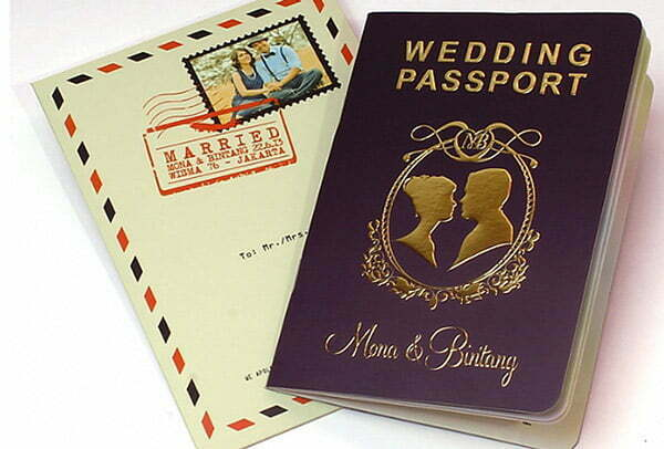 How to make your wedding invitations super cool passport stopboris
