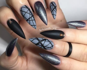 Sexy-pointy-nails