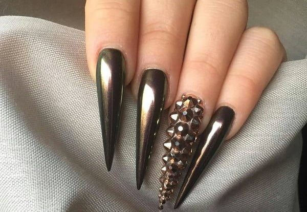 Sexy-stiletto-nails